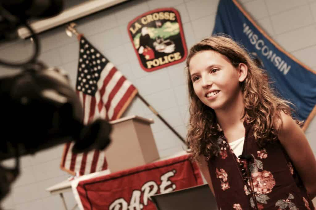 southern bluffs student wins state dare essay competition